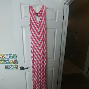 Long pink and white maxi dress